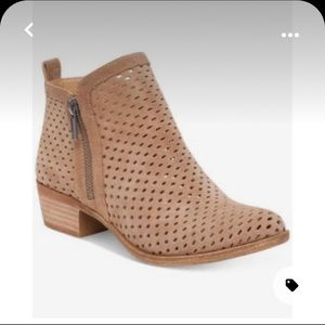 Lucky Brand Basel Perforated Booties Tan/Beige (6)